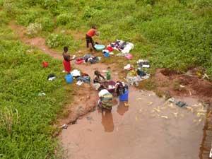 « Ce que le choléra doit à l'eau » – Redéfinir les stratégies de lutte contre le choléra en agissant préventivement sur son principal vecteur environnemental : l'eau contaminée