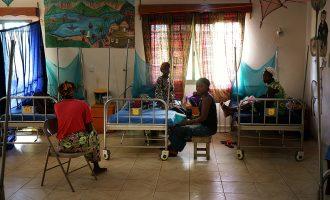 Ebola : un système sanitaire en faillite !